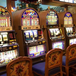 How to Get the Jackpot on the Game Play on Slot Machine