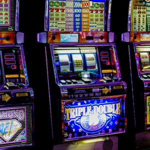 How to Play Slot Games That Are Easy and Don't Break the Bag